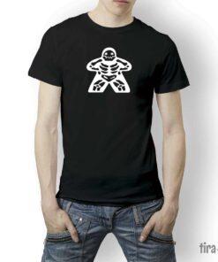 camiseta-juegos-mesa-meeple-esqueleto1